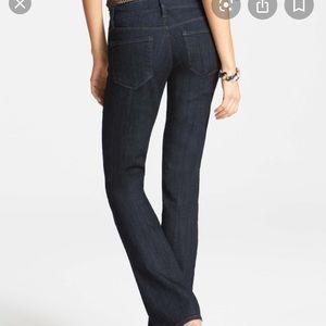 NWOT Ann Taylor Modern Bootcut Jeans Size 14